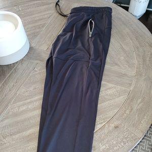Athleta Black Ankle Pants with Zipper Pockets Sz M